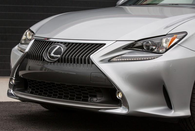 2015_Lexus_RC_350_023