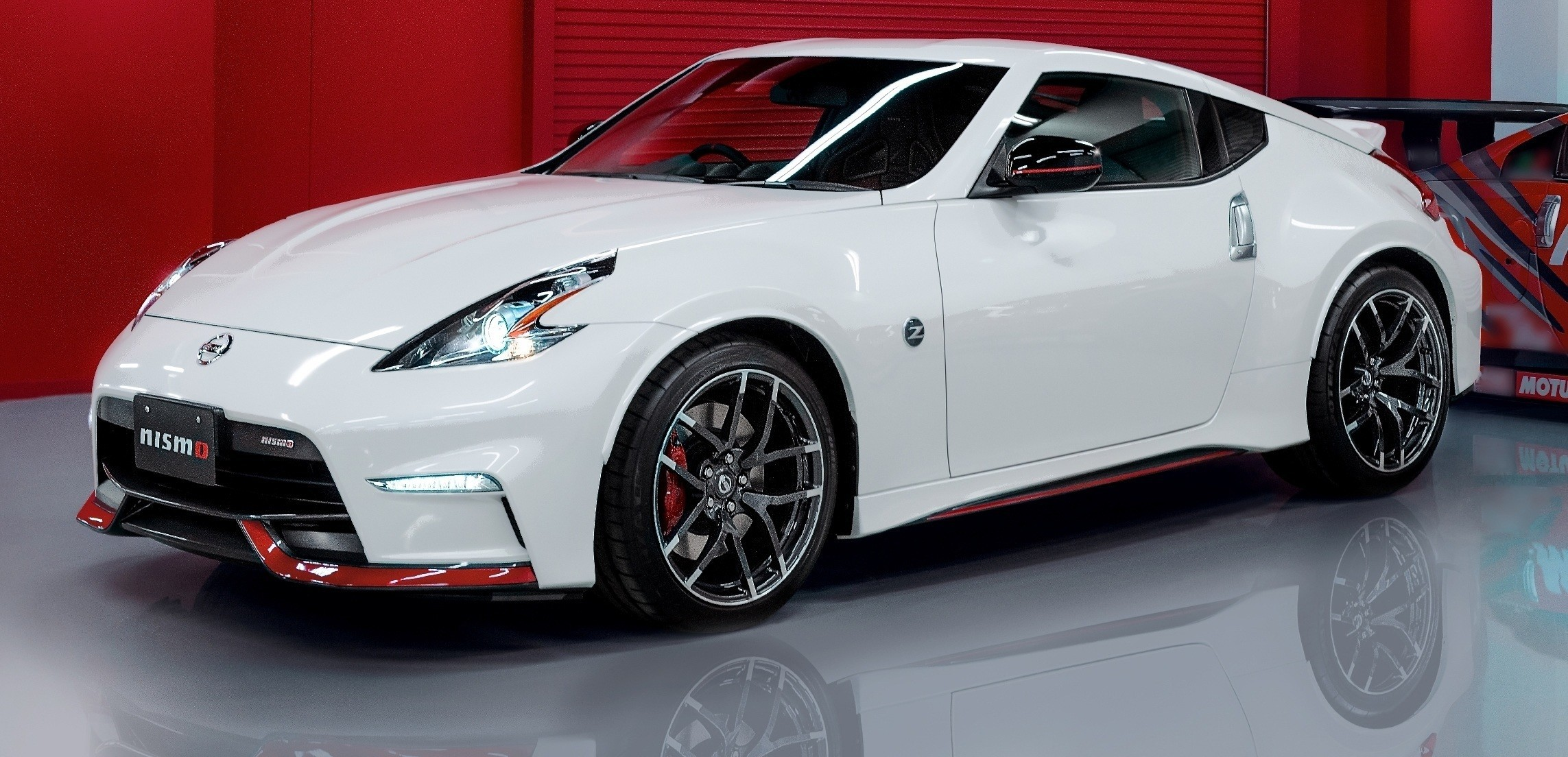 update2 new photos 2015 nissan 370z nismo facelift. Black Bedroom Furniture Sets. Home Design Ideas