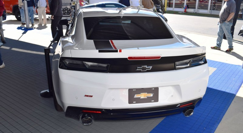 2016 Camaro SS with Chevrolet Performance Parts 9