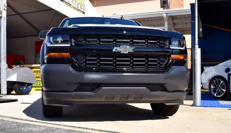 2016 Chevrolet SILVERADO 1500 Black Out Edition 10