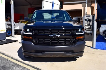 2016 Chevrolet SILVERADO 1500 Black Out Edition 12