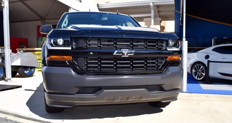 2016 Chevrolet SILVERADO 1500 Black Out Edition 5