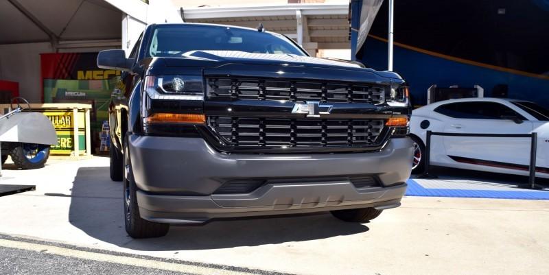 2016 Chevrolet SILVERADO 1500 Black Out Edition 6