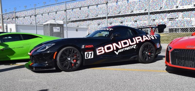 2016 Dodge VIPER ACR - Bondurant Black 23