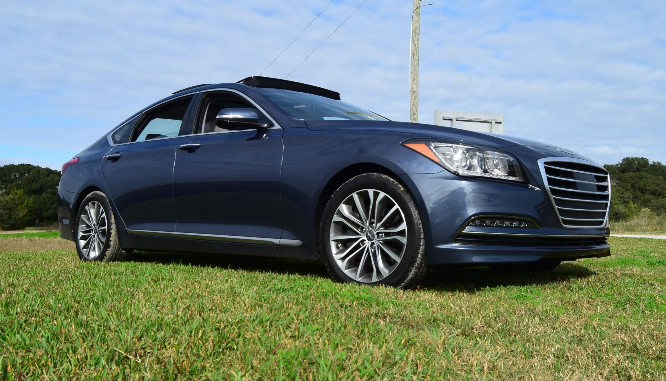 Genesis Coupe 2016 >> HD Road Test Review – 2016 Hyundai GENESIS Ultimate V6 RWD – Car-Revs-Daily.com