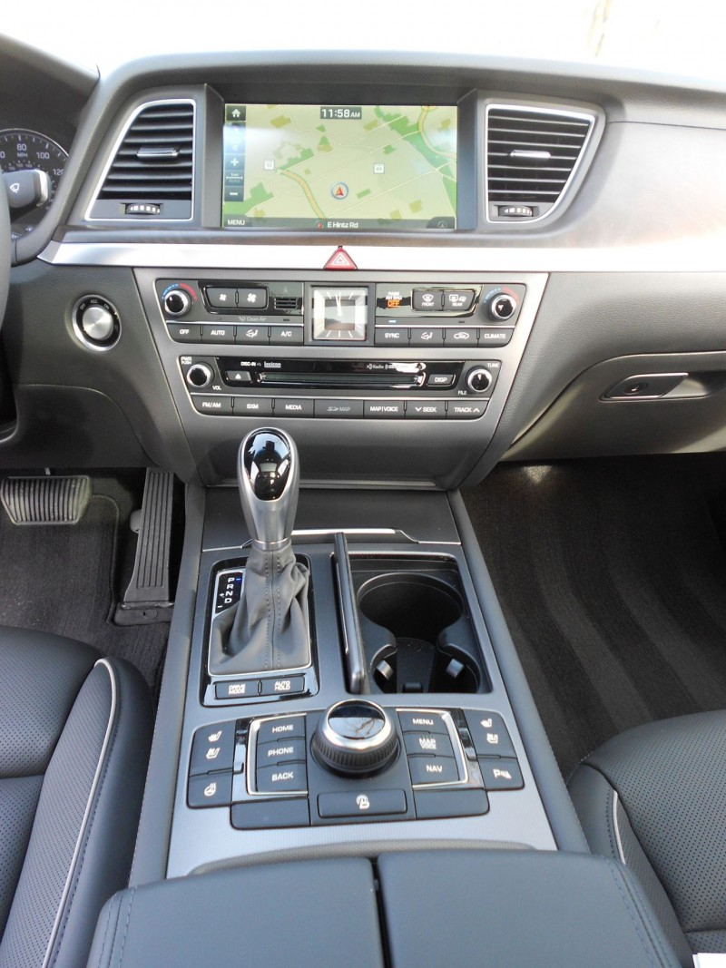 2016 hyundai genesis awd 3 8 review interior 6 - 2016 hyundai genesis sedan interior ...