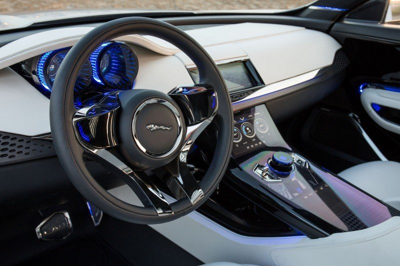 2016 JAGUAR XQ-Type Preview - C-X17 SUV INTERIOR 20