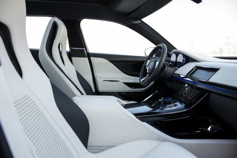2016 JAGUAR XQ-Type Preview - C-X17 SUV INTERIOR 22