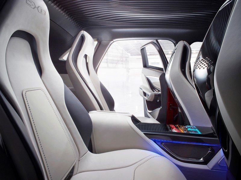 2016 JAGUAR XQ-Type Preview - C-X17 SUV INTERIOR 31