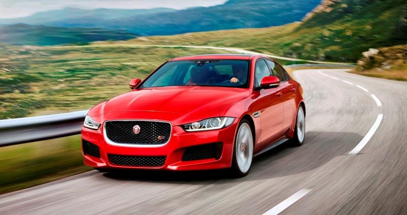 2016 Jaguar XE 19