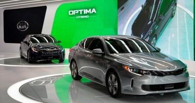 2016 KIA Optima Hybrid 1