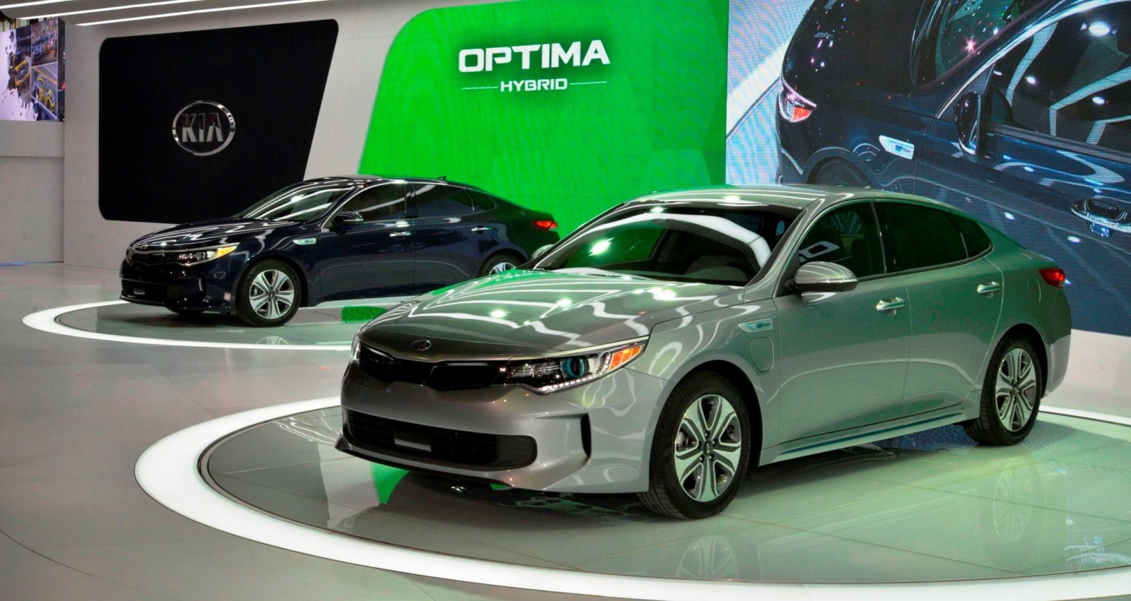 first drive review 2016 kia optima sx 2 0t by ben lewis car revs. Black Bedroom Furniture Sets. Home Design Ideas