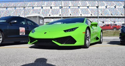2016 Lamborghini HURACAN Verde Mantis 16