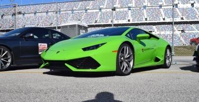 2016 Lamborghini HURACAN Verde Mantis 17