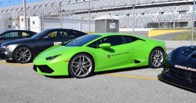 2016 Lamborghini HURACAN Verde Mantis 23