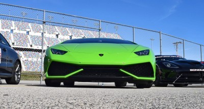 2016 Lamborghini HURACAN Verde Mantis  4
