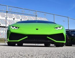 2016 Lamborghini HURACAN – Squadra Corse Villain Prays on R8 (Video)