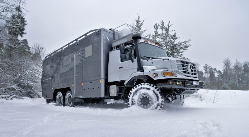 2016 Mercedes-Benz ZETROS Custom RV 2
