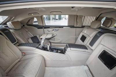 Mercedes-Maybach S600 Pullman; Dubai 2015