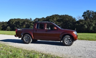 2016 Nissan FRONTIER Pro-4X V6 AWD 10