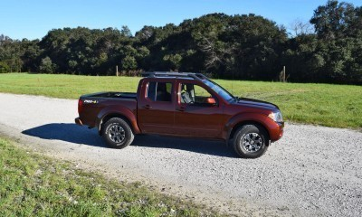 2016 Nissan FRONTIER Pro-4X V6 AWD 11