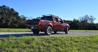 2016 Nissan FRONTIER Pro-4X V6 AWD 16