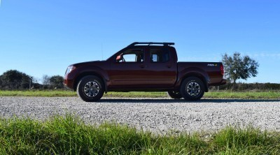 2016 Nissan FRONTIER Pro-4X V6 AWD 22