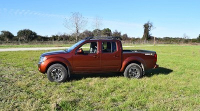 2016 Nissan FRONTIER Pro-4X V6 AWD 46