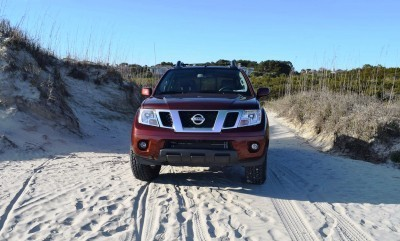 2016 Nissan FRONTIER Pro-4X V6 AWD 66
