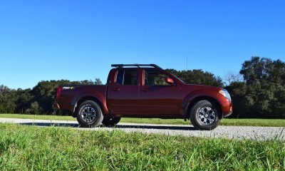 2016 Nissan FRONTIER Pro-4X V6 AWD 9
