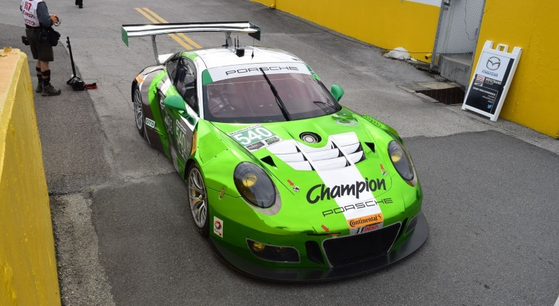 2016 Porsche 911 GT3R Daytona Champion Racing 10