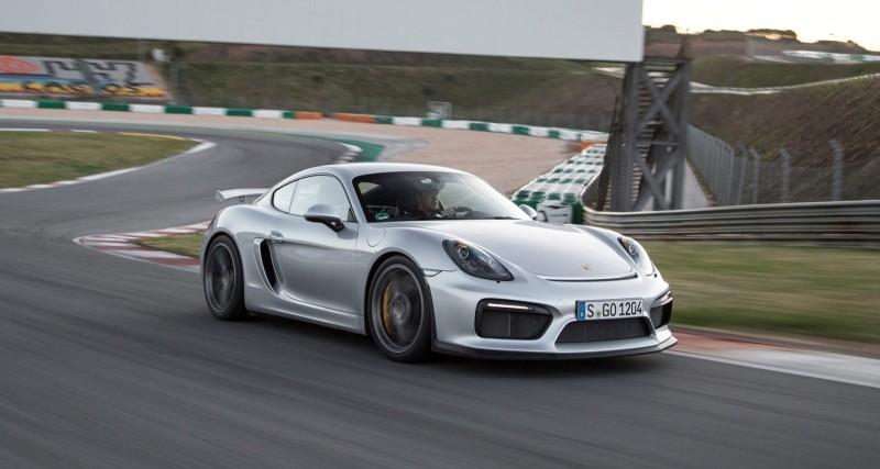 2016 Porsche CAYMAN GT4 17