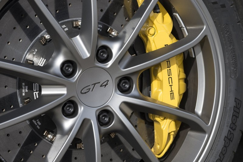 2016 Porsche CAYMAN GT4 24