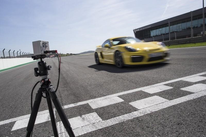 2016 Porsche CAYMAN GT4 3