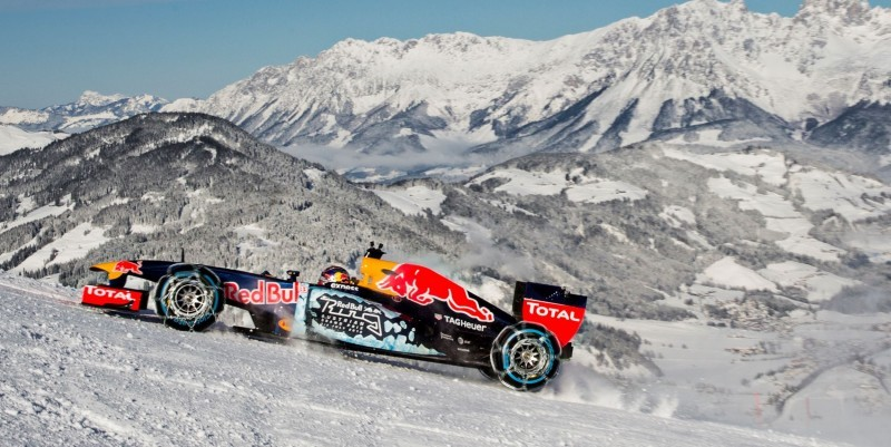 2016 Red Bull F1 Car Austria Snowchains Skiing 15