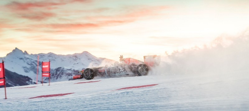 2016 Red Bull F1 Car Austria Snowchains Skiing 19