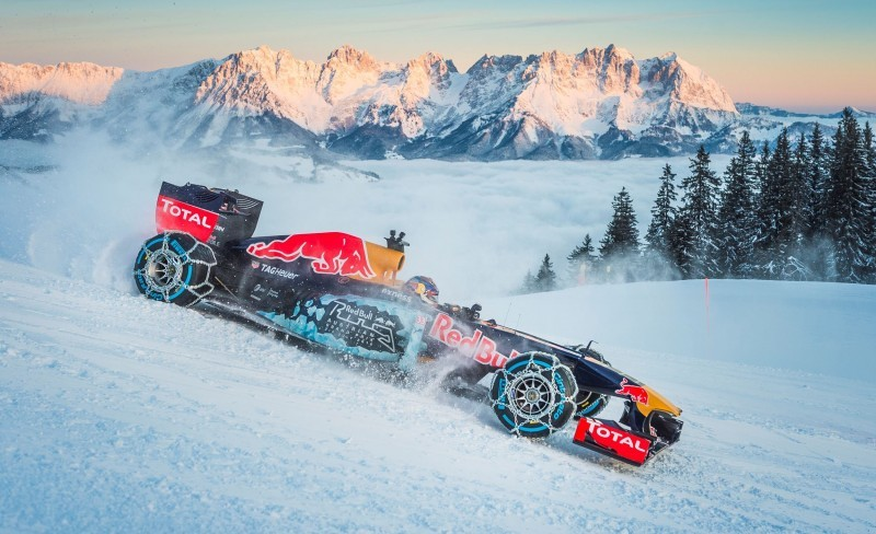 2016 Red Bull F1 Car Austria Snowchains Skiing 20