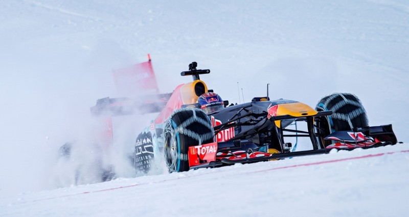 2016 Red Bull F1 Car Austria Snowchains Skiing 23