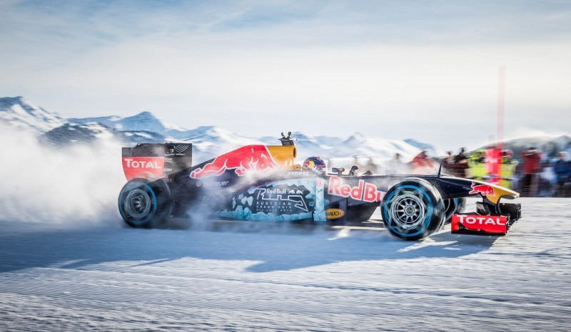 2016 Red Bull F1 Car Austria Snowchains Skiing 27