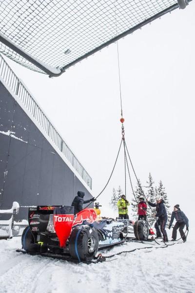 2016 Red Bull F1 Car Austria Snowchains Skiing 3