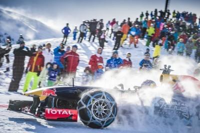 2016 Red Bull F1 Car Austria Snowchains Skiing 35
