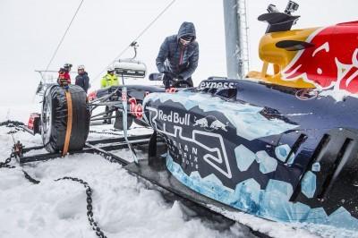 2016 Red Bull F1 Car Austria Snowchains Skiing 5