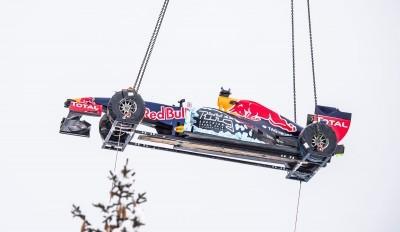 2016 Red Bull F1 Car Austria Snowchains Skiing 6