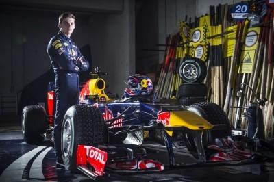 2016 Red Bull F1 Car Austria Snowchains Skiing 8