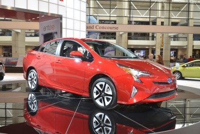 2016 Toyota PRIUS 2