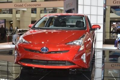 2016 Toyota PRIUS 4