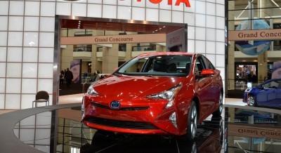 2016 Toyota PRIUS 5