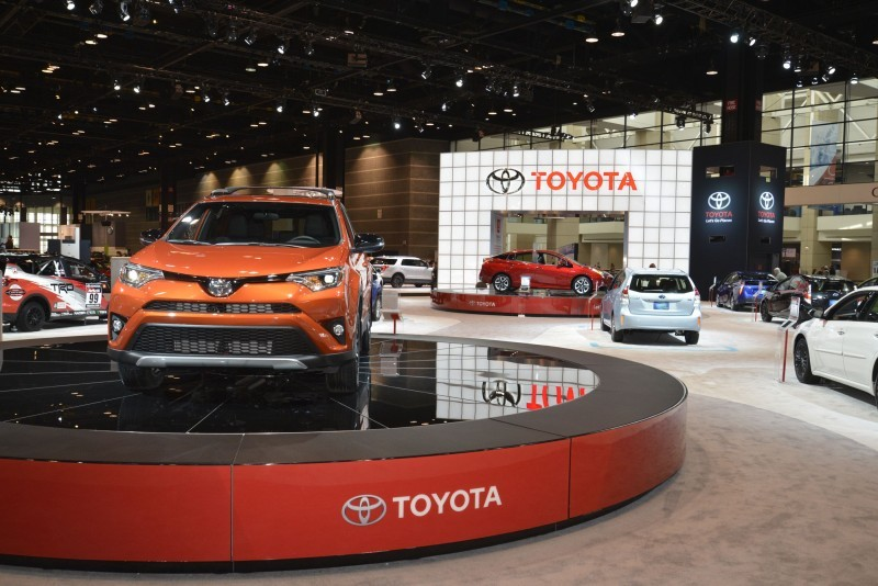 2016 Toyota RAV4 SE 4