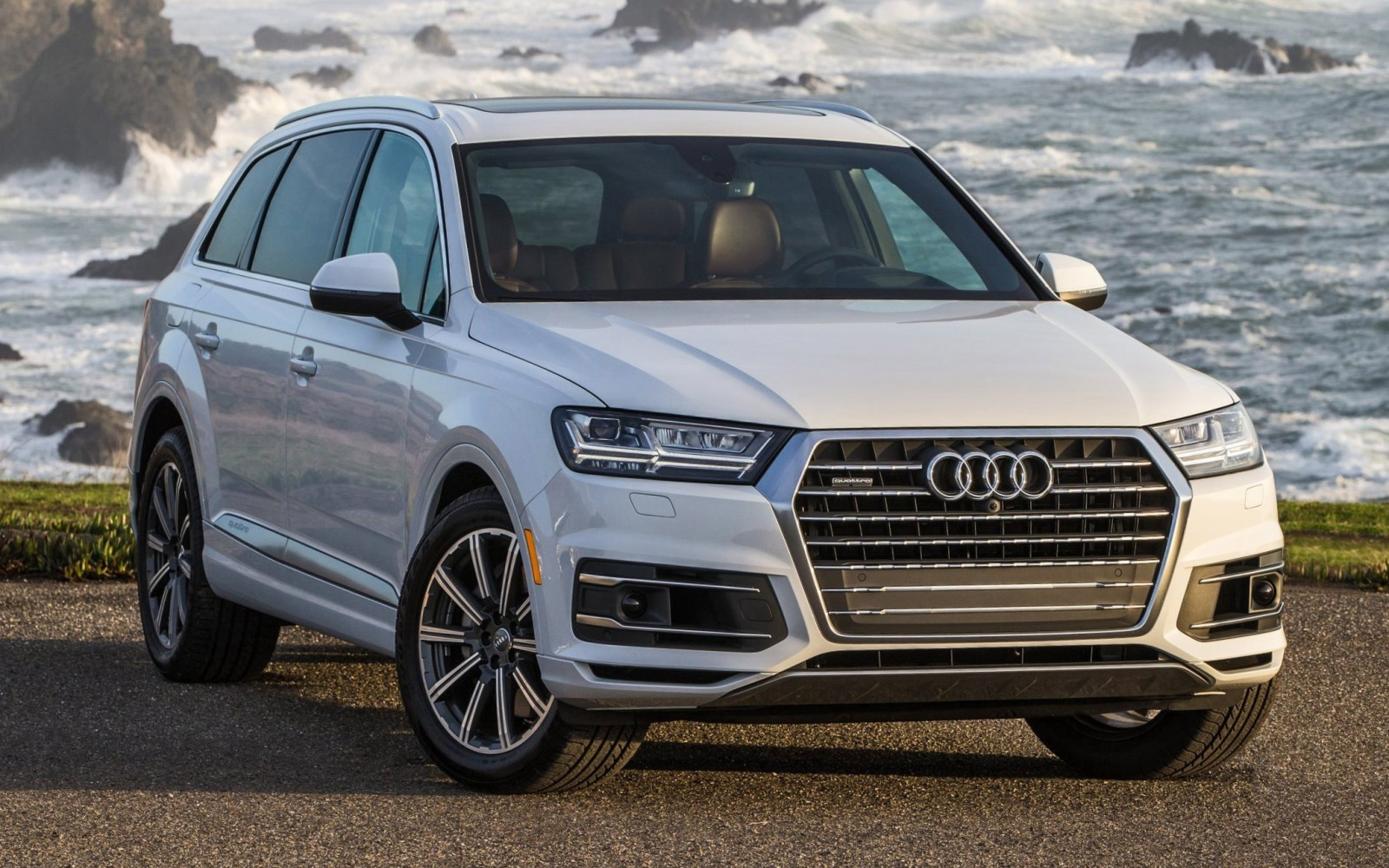 2017 Audi Q3 Towing Capacity >> 2017 Audi Q7 Visualizer - Colors, Cabins, Pricing and Options Guide