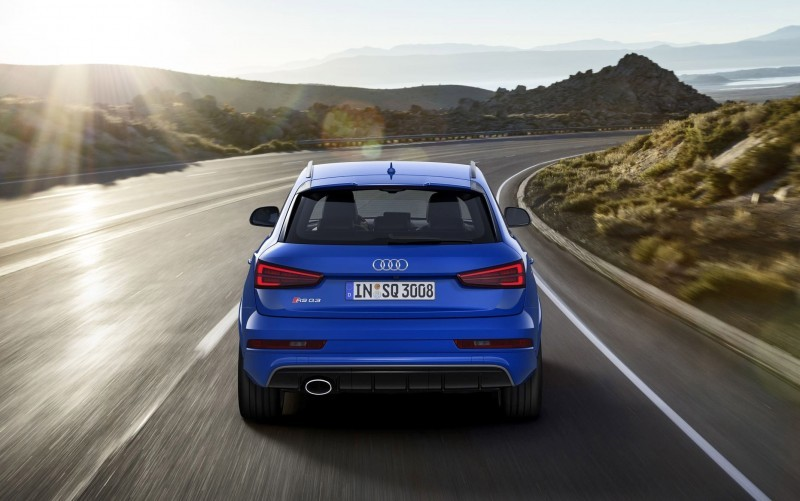 2017 Audi RS Q3 Performance 8